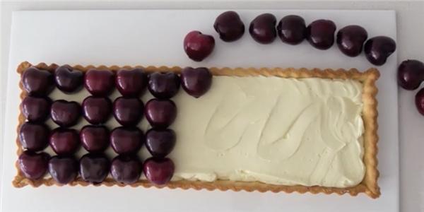 Tuyệt chiêu làm món bánh tart nhân cherry căng mọng cực quyến rũ