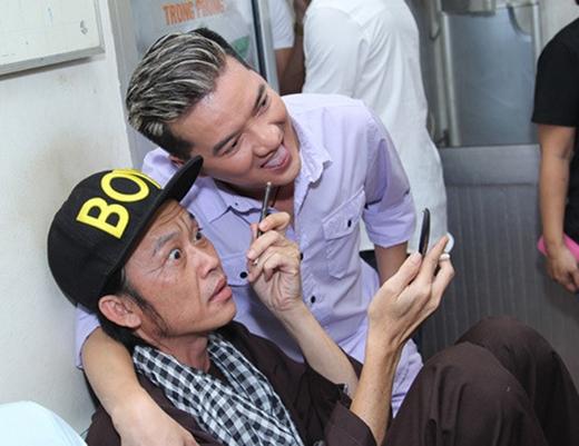 Nghiêng mình trước nghị lực của danh hài Hoài Linh - Tin sao Viet - Tin tuc sao Viet - Scandal sao Viet - Tin tuc cua Sao - Tin cua Sao