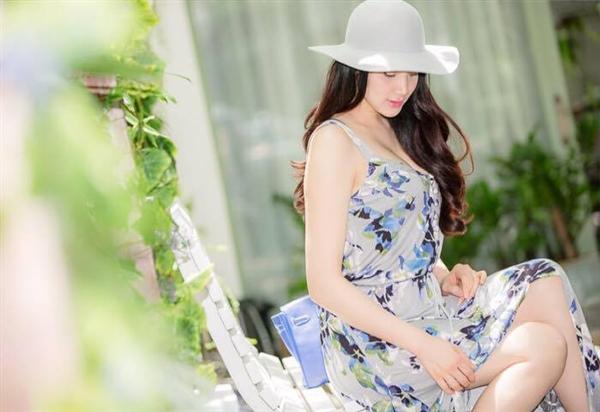 Rò rỉ ảnh thiệp cưới sang trọng của Trang Nhung - Tin sao Viet - Tin tuc sao Viet - Scandal sao Viet - Tin tuc cua Sao - Tin cua Sao