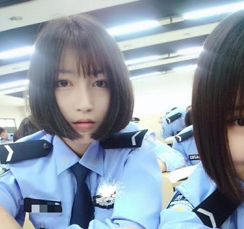 Vẻ đẹplong lanh của cô sinh viên Học viện cảnh sát Trung Quốc. (Ảnh: Internet)