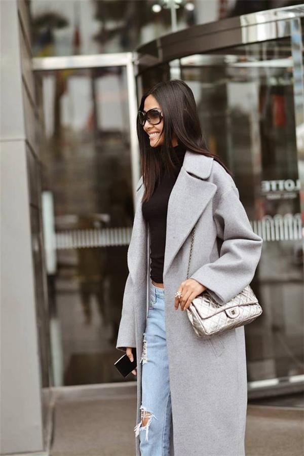 Được biết cô sẽ trở lại Anh tham gia London Fashion Week và quay quảng cáo cho các nhãn hàng nổi tiếng trên thế giới vào cuối tháng 1. - Tin sao Viet - Tin tuc sao Viet - Scandal sao Viet - Tin tuc cua Sao - Tin cua Sao