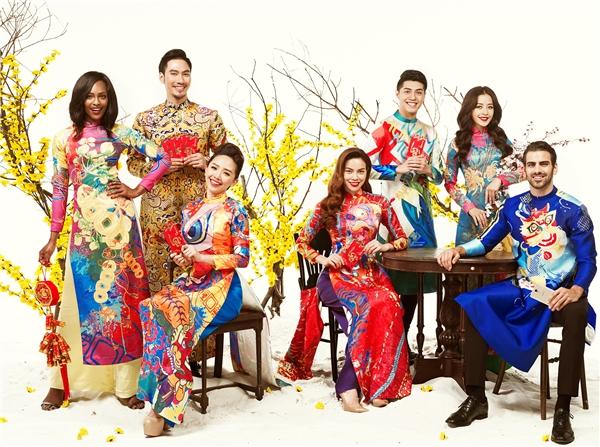 Nhiếp ảnh gia Milor Trần cùng trang phục của Thủy Design House đã cho ra mắt một bộ ảnh tràn ngập sắc Xuân. - Tin sao Viet - Tin tuc sao Viet - Scandal sao Viet - Tin tuc cua Sao - Tin cua Sao