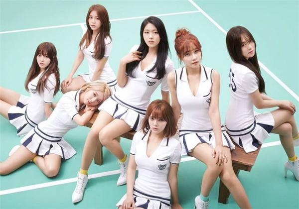 AOA ban đầu được FNC Entertainment hướng theo hình tượng một ban nhạc, phiên bản nữ của F.T Island và CN Blue.Thếnhưng đến nay, mọi người chỉ nhớ đến nhóm với những ca khúc có vũ đạo quyến rũ và điệu nhảy khoe thân. Danh tiếng hiện nay của AOA được mọi người biết đến dường như chỉ dựa vào nhan sắc của Seolhyun và giọng hát Choa.