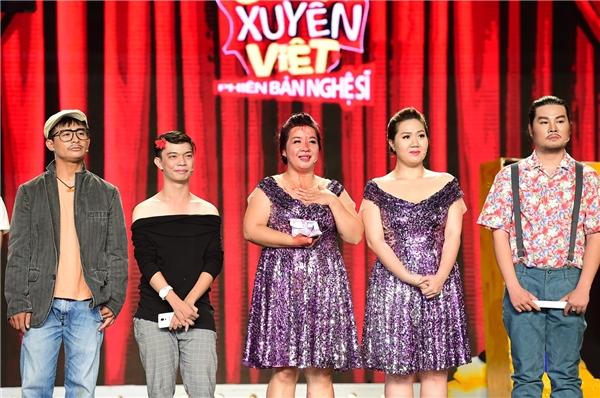 Việt Hương - Trấn Thành khóc khi vì sự