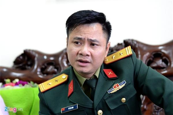 Tự Long vừa trở thành NSND ở tuổi 43. Ảnh: Mạnh Thắng - Tin sao Viet - Tin tuc sao Viet - Scandal sao Viet - Tin tuc cua Sao - Tin cua Sao