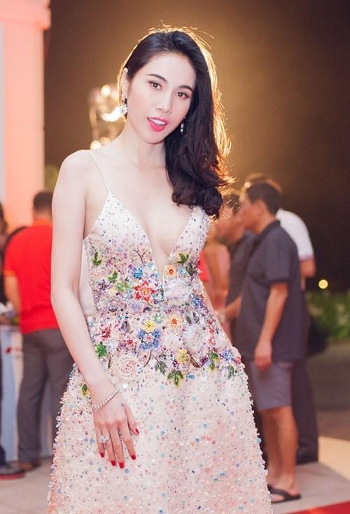 Giải mã những cái tên giữ chân fan giỏi nhất trong làng nhạc Việt - Tin sao Viet - Tin tuc sao Viet - Scandal sao Viet - Tin tuc cua Sao - Tin cua Sao