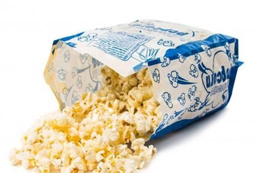 Đặc biệt, bỏng ngô không hề có chất xơ, khi ăn quá nhiều sẽ khiến bạn khó tiêu hoá. Các chất như popcorn trong bỏng ngô có thể gây kích ứng đường tiêu hoá.