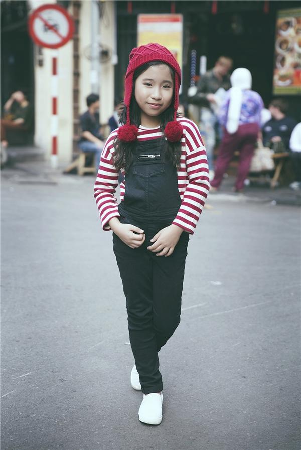 Cô bé 10 tuổi có gu thời trang không thua kém các fashionista