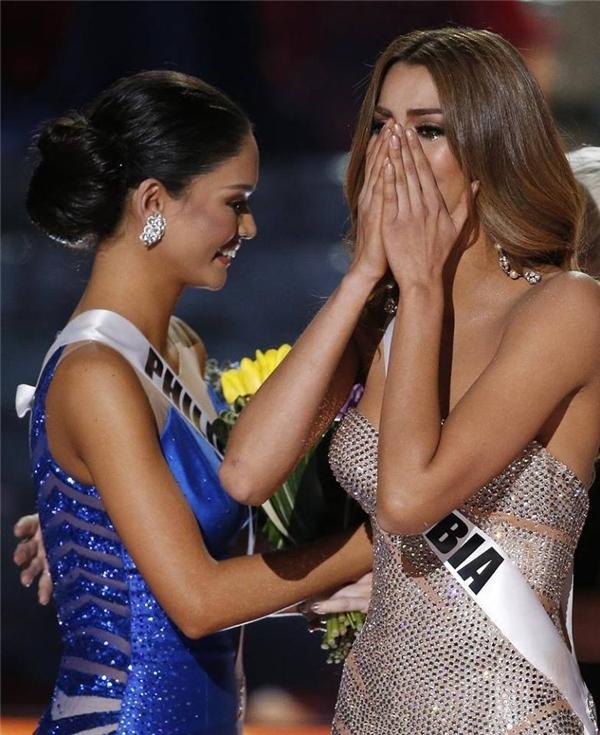 """MC Steve Harvey: """"Trái tim tôi rỉ máu vì hoa hậu Colombia"""""""