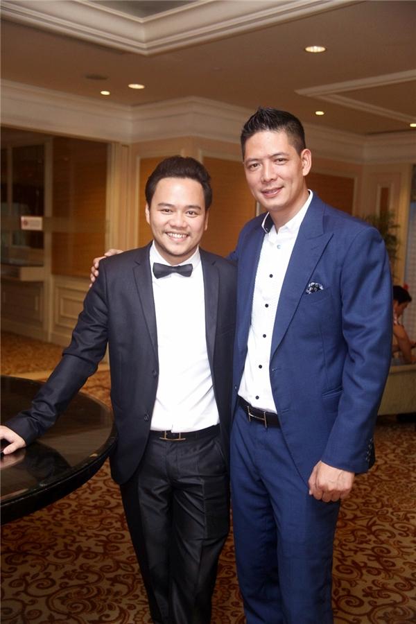 Nam diễn viên điển trai Bình Minh đảm nhận vai trò MC của buổi tiệc cưới - Tin sao Viet - Tin tuc sao Viet - Scandal sao Viet - Tin tuc cua Sao - Tin cua Sao