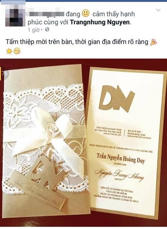 Hình ảnh tấm thiệp cưới tông kem pha vàng sang trọng, với phần chữ cái đầu của tên cô dâu và chú rể được thiết kế cách điệu lồng ghép vào nhau rất đáng yêu. - Tin sao Viet - Tin tuc sao Viet - Scandal sao Viet - Tin tuc cua Sao - Tin cua Sao