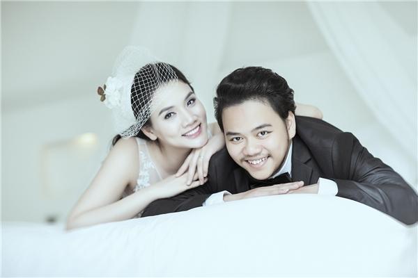 Lễ cưới của cô dâu Trang Nhung cùng ông xã điển trai Hoàng Duysẽ được diễn ra tại một khách sạn 5 sao sang trọng vào tối ngày 18/1. - Tin sao Viet - Tin tuc sao Viet - Scandal sao Viet - Tin tuc cua Sao - Tin cua Sao