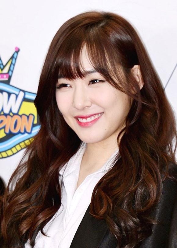 Đôi mắt cười và dáng vẻ nhí nhảnh, trẻ trung của Tiffany (SNSD) như càng được tôn lên khi để tócmái lưa thưa.(Ảnh: Internet)