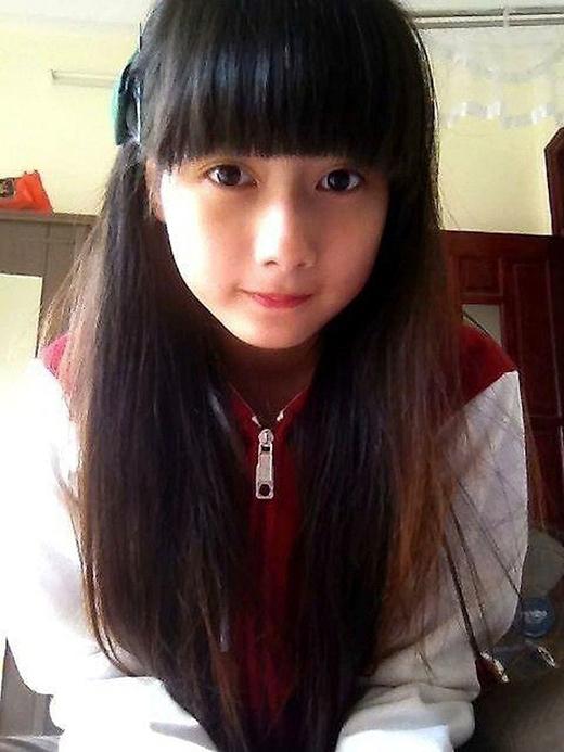 Xiêu lòng trước vẻ đẹp trong sáng của nữ sinh 10x Việt