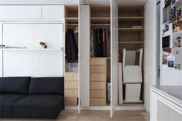 Ngoài ra, trong căn hộ độc đáo này hầu hết quần áo đều được cất gọn gàng ở các tủ âmtường. Ảnh: Internet