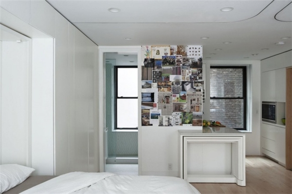 Tuy chỉ có40m2, nhưng không gian trong căn hộ của Graham được tận dụng tối đa. Nội thất được bài trí ngăn nắp, đơn giản,kết hợp khá hài hòa, linh hoạt và tiện dụng. Ảnh: Internet