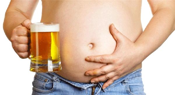"""Hiện tượng """"bụng bia"""" của những người uống quá nhiều thức uống cồn. (Ảnh: Internet)"""