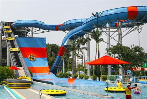 Đường trượt Giant Slide, công viên nước Aquatigue, Trung Quốc (Ảnh: Internet)