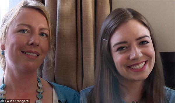 Irene (phải) và chị gái ruột của mình, Aoife.(Ảnh: Internet)
