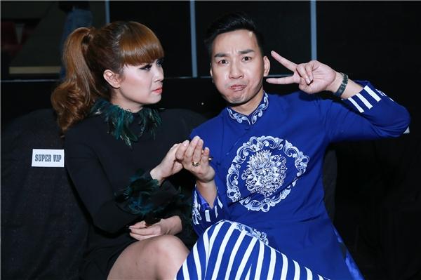 MC Thành Trung ở lại cuối chương trình nhặt rác phụ fan - Tin sao Viet - Tin tuc sao Viet - Scandal sao Viet - Tin tuc cua Sao - Tin cua Sao