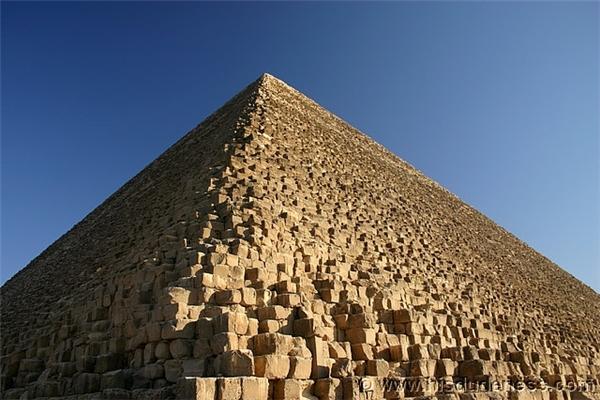 Kim tự tháp Ai Cập vẫn đang rất bí ẩn... (Ảnh: Internet)