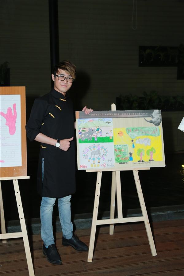 Quán quân Cười xuyên Việt phiên bản nghệ sĩ - Huỳnh Lập là một trong những nghệ sĩ tích cực tham gia ủng hộ việc chấm dứt sử dụng sừng tê giác. - Tin sao Viet - Tin tuc sao Viet - Scandal sao Viet - Tin tuc cua Sao - Tin cua Sao