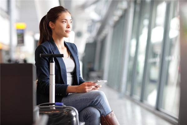 7. Xin nghỉ để đi du lịch vào những ngày giữa tuần nếu bạn không muốn mất thêm một khoản tiền kha khá vào vé máy bay.(Ảnh minh họa - Nguồn: Internet)
