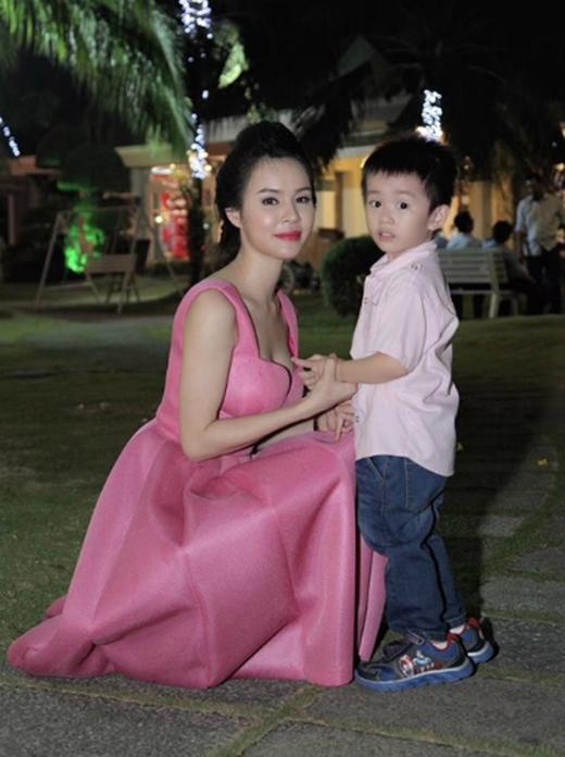 Những hình ảnh đẹp trong tiệc sinh nhật thứ 26 của chị Thương (Ảnh: Internet)