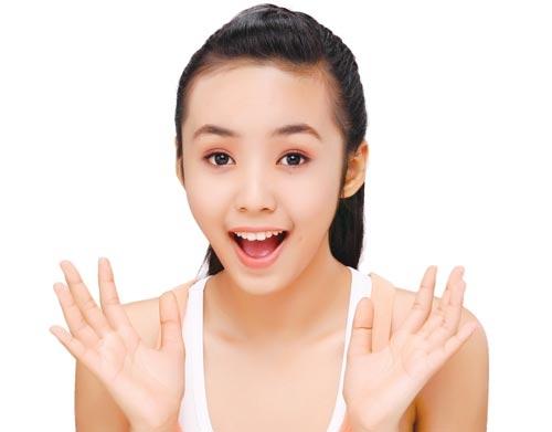 Màu da trắng vẫn được ưu tiên và yêu thích ở châu Á.