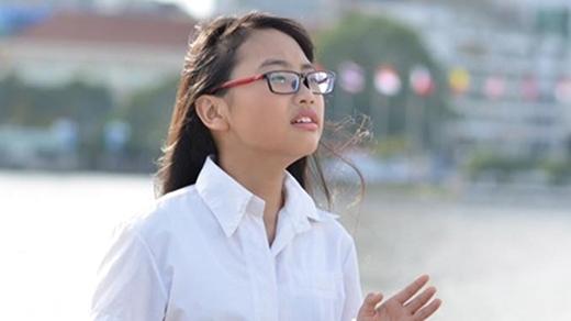 Một số hình ảnh trong MV Nhật kí cho ba (Ảnh: Internet) - Tin sao Viet - Tin tuc sao Viet - Scandal sao Viet - Tin tuc cua Sao - Tin cua Sao