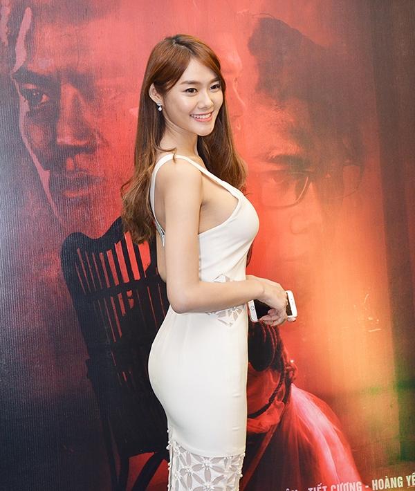 Tuy xuất thân là một người mẫu, nhưng Linh Chi lại sở hữu khả năng diễn xuất rất tự nhiên. - Tin sao Viet - Tin tuc sao Viet - Scandal sao Viet - Tin tuc cua Sao - Tin cua Sao