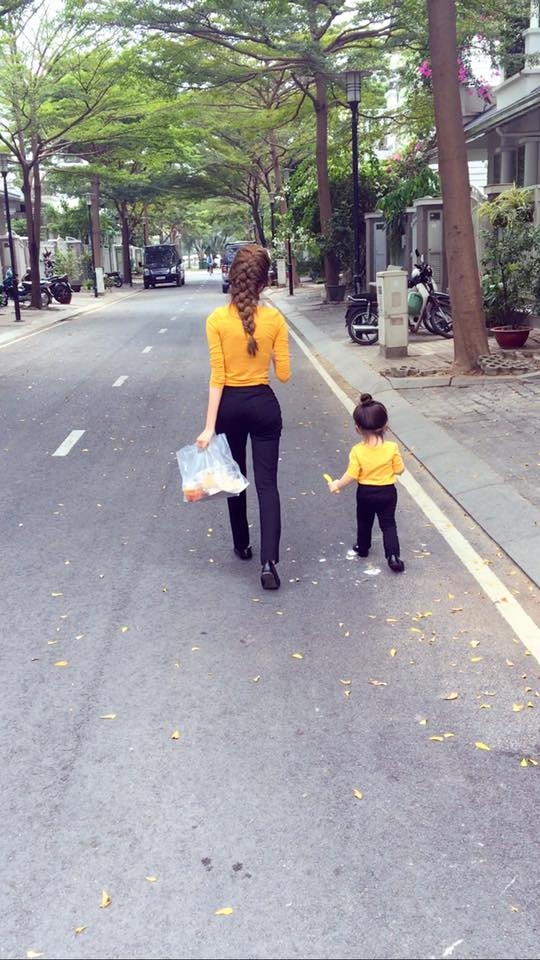 Fan thích thú với một ngày bận rộn của Elly Trần bên hai con - Tin sao Viet - Tin tuc sao Viet - Scandal sao Viet - Tin tuc cua Sao - Tin cua Sao