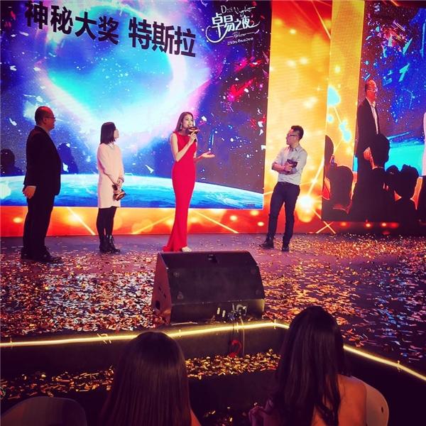 Phạm Hương vinh dự được tham gia một sự kiện lớn tại Thượng Hải, Trung Quốc. - Tin sao Viet - Tin tuc sao Viet - Scandal sao Viet - Tin tuc cua Sao - Tin cua Sao