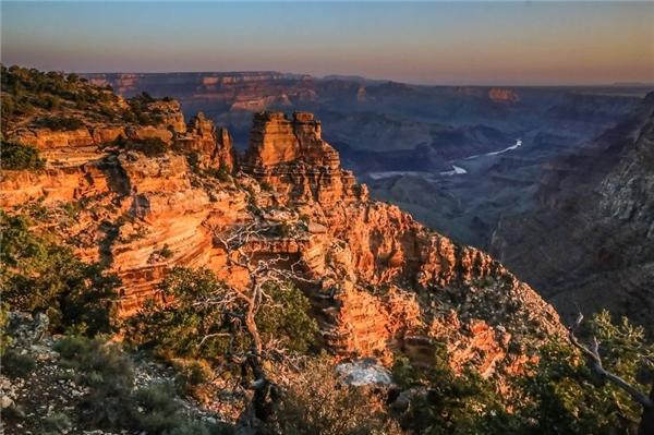 Ghé thăm những ngọn núi hùng vĩ của Grand Canyon...