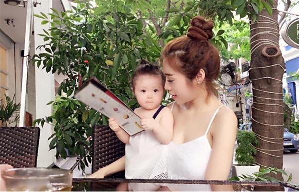 Elly Trần sinh con gái đầu lòng vào tháng 8/2014. - Tin sao Viet - Tin tuc sao Viet - Scandal sao Viet - Tin tuc cua Sao - Tin cua Sao
