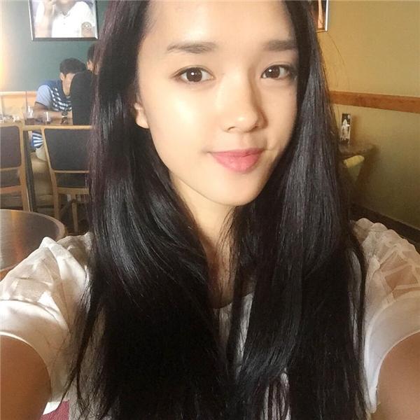 Cô nữ du học sinh Việt kiều xinh đẹp đang được nhiều người yêu mến. (Ảnh: Internet)