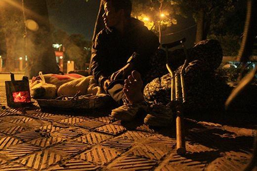 Những người vô gia cư đang rất cần 1 nơi để tránh rét, cũng như đón tết. (Ảnh: Internet)