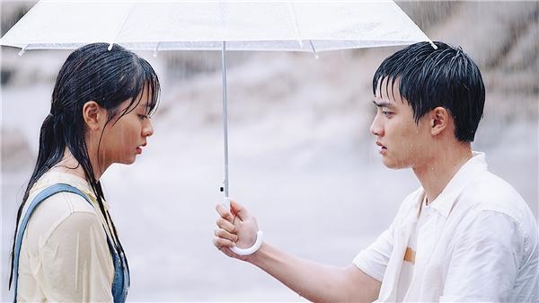 D.O. bị Kim So Hyun