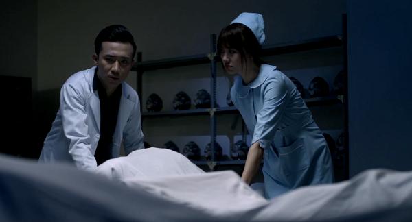 Trấn Thành bắt đầu theo đuổi Hari khi hợp tác đóng phim Bệnh viện ma. - Tin sao Viet - Tin tuc sao Viet - Scandal sao Viet - Tin tuc cua Sao - Tin cua Sao