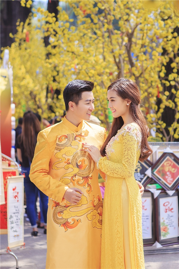 Kelly tái xuất khác lạ cùng Nam Hee dạo phố ngày xuân - Tin sao Viet - Tin tuc sao Viet - Scandal sao Viet - Tin tuc cua Sao - Tin cua Sao