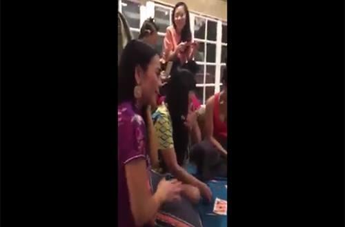 Cười thả ga xem sao Việt chơi... lô tô