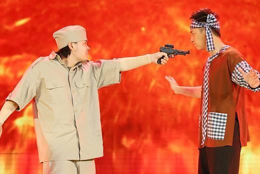 Ngô Kiến Huy múa võ, hóa thân hoành tráng trên sóng truyền hình