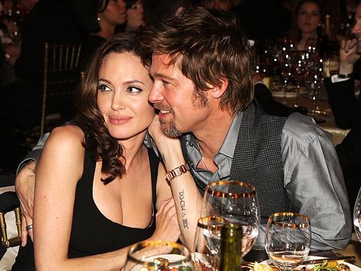 Tình yêu củacủa Brad Pitt và Angelina Jolie dành cho nhau như thế nào, có lẽ chỉ có người trong cuộc mới thực sự hiểu rõ.(Ảnh: Internet)