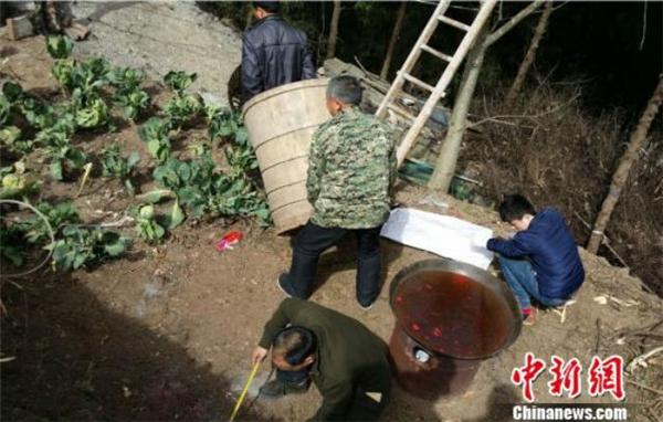 Hiện trường nơi xảy ra cái chết oan uổng của người dânmê tín. (Ảnh: Chinanews)