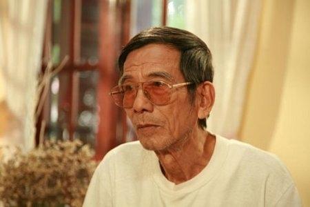 Nghệ sĩ Trần Hạnh từng chia sẻ rằng ông không muốn bày cái khổ ra để người khác thương hại. - Tin sao Viet - Tin tuc sao Viet - Scandal sao Viet - Tin tuc cua Sao - Tin cua Sao