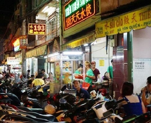 Là khu sinh sống của người Hoa nên ở đây sẽ mang đến cho bạn hương vị sủi cảo chuẩn nhất.(Ảnh: Internet)