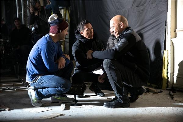 Vin Diesel và Chân Tử Đan trên phim trường xXx: The Return of Xander Cage