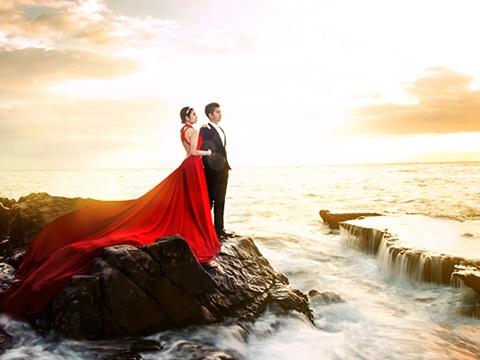 Cô nàng Vân Trang đã thực hiện bộ ảnh cưới đẹp như mơ tại biển Hang Rái đấy. Những cặp đôi sắp cưới đã có ý tưởng về địa điểm chụp ảnh cưới chưa nào? (Ảnh: Internet)