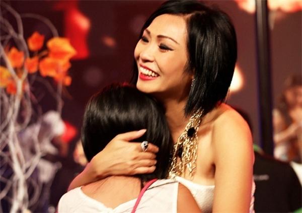 Những bà mẹ đơn thân đình đám của showbiz Việt - Tin sao Viet - Tin tuc sao Viet - Scandal sao Viet - Tin tuc cua Sao - Tin cua Sao