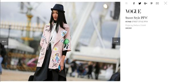 Hôm qua, stylist Travis Nguyễn và người mẫu Thùy Trang tiếp tục được biên tập viên thời trang của Vogue chú ý đến. Trong đó, Thùy Trang diện bộ cánh phối hợp nhiều lớp trang phục. Tổng thể được tạo điểm nhấn bằng chiếc áo khoác màu hồng thạch anh hợp xu hướng với hàng loạt họa tiết hoạt hình đáng yêu.